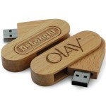 Wood Swivel USB Flash Drive with Logo Engraving